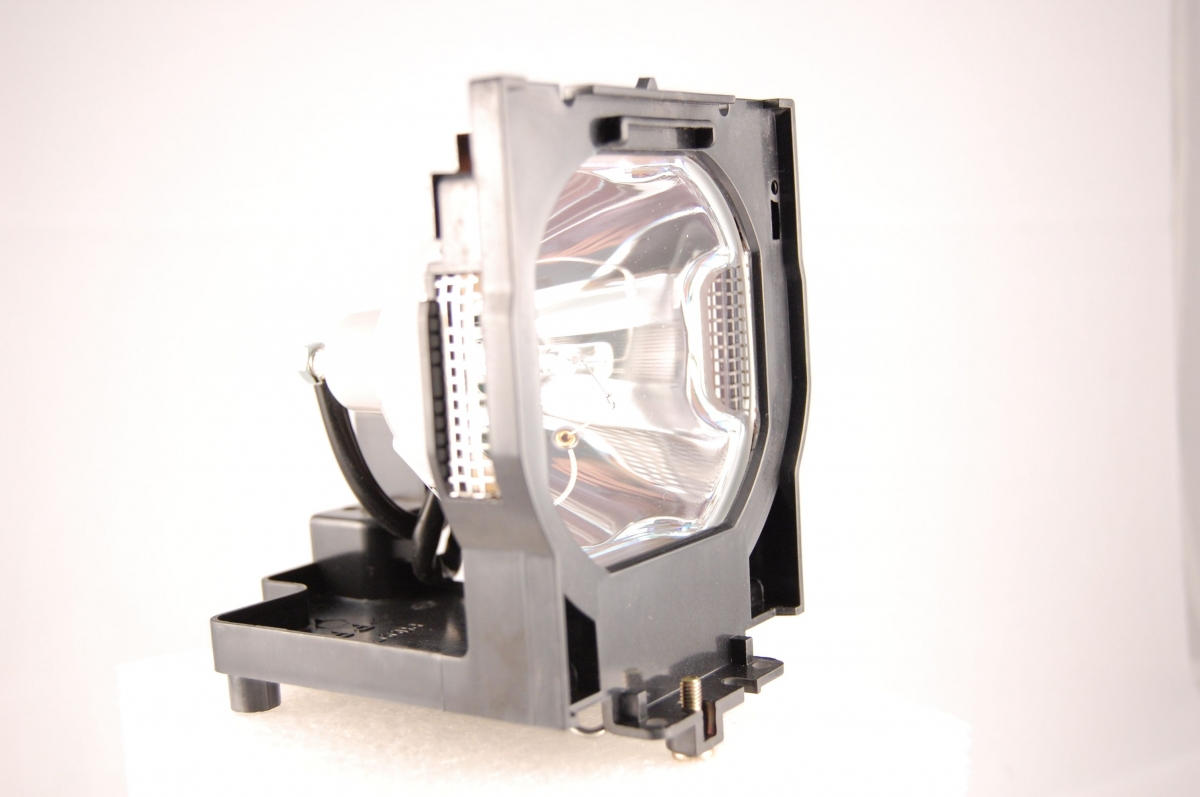 Compatible Projector lamp for SANYO 610-292-4831