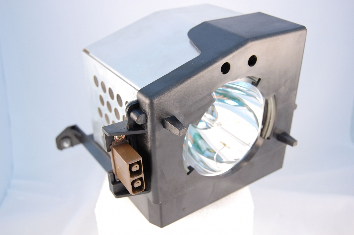 Compatible Projector lamp for TOSHIBA 46HM84
